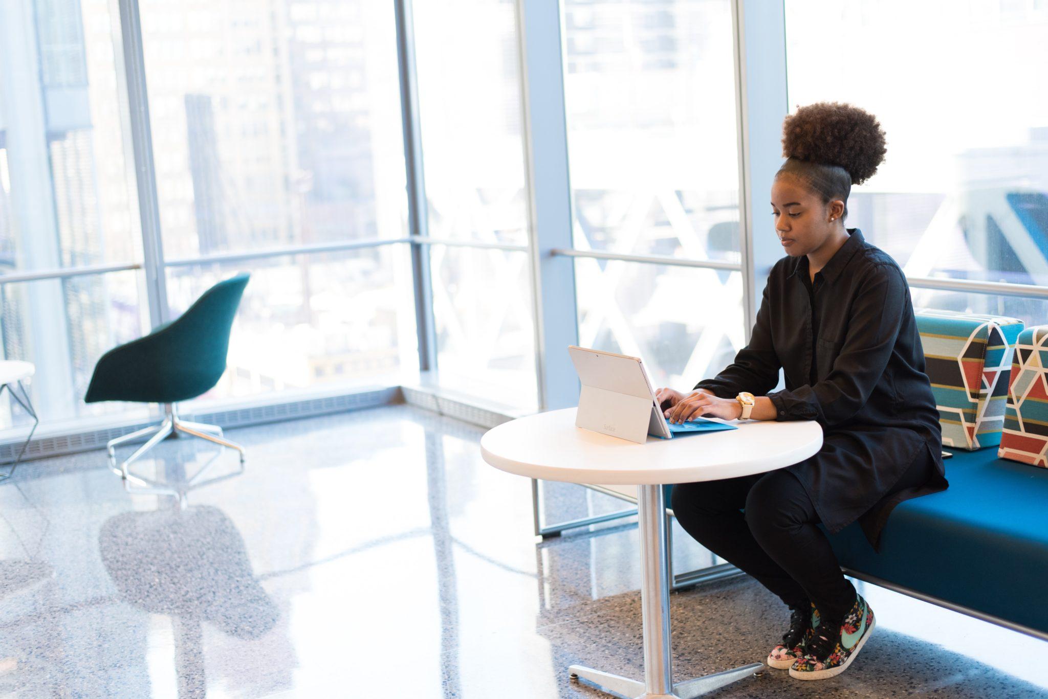 10 ventajas y desventajas de la terapia online